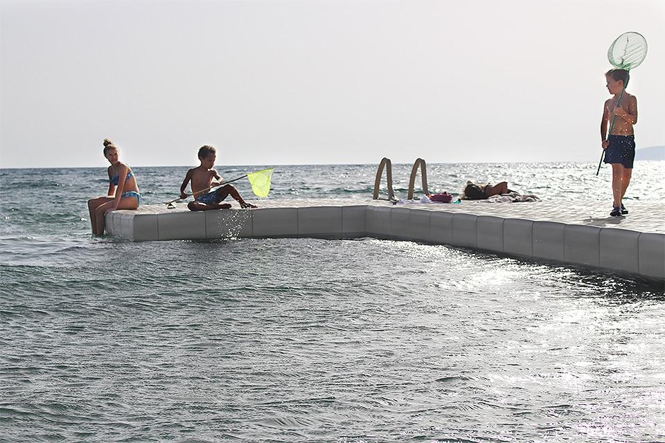 Applicazioni dei sistemi galleggianti Candock: alcuni esempi. Candock Italia