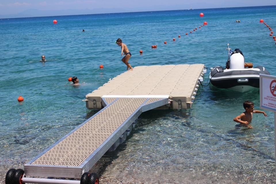 prezzo di un pontile galleggiante spiaggia