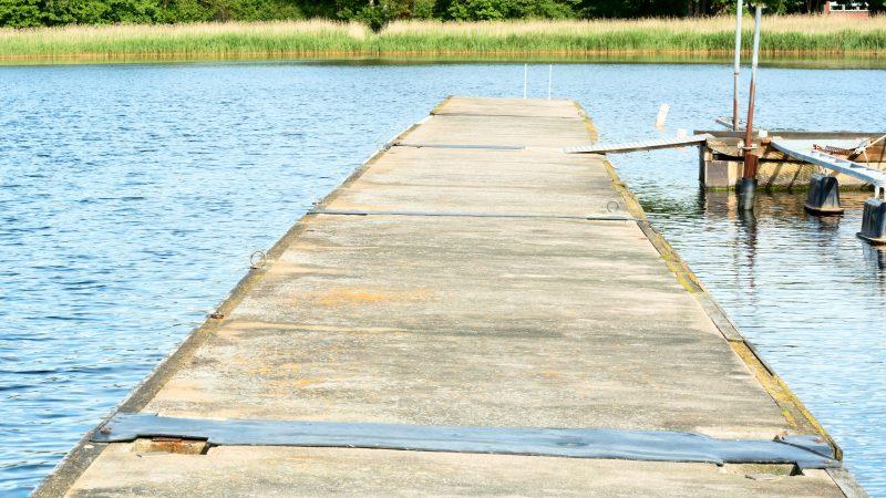 pontile galleggiante in calcestruzzo